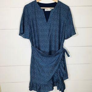VINEYARD VINES Silk Bld Floral Wrap Dress 8 EUC